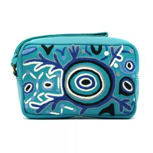 Women's Leather Emb Toiletry Bag-THU608